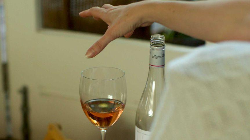 causas del alcoholismo en la familia
