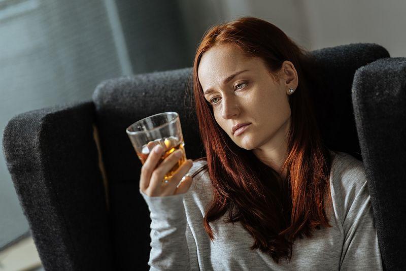 alcohol cara hinchada